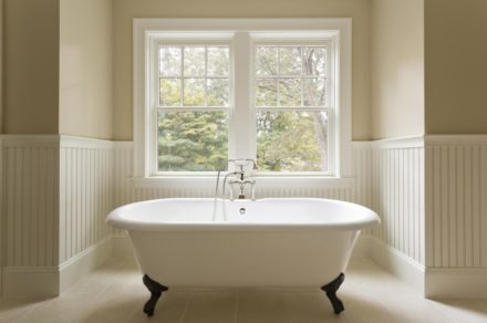Basic recommendations for bathtubs maintenance: enlarging of serving term